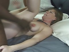 Creampie, Interracial, MILF