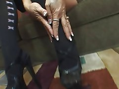 Foot Fetish, MILF, Pantyhose, Stockings