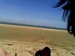 Amateur, Beach